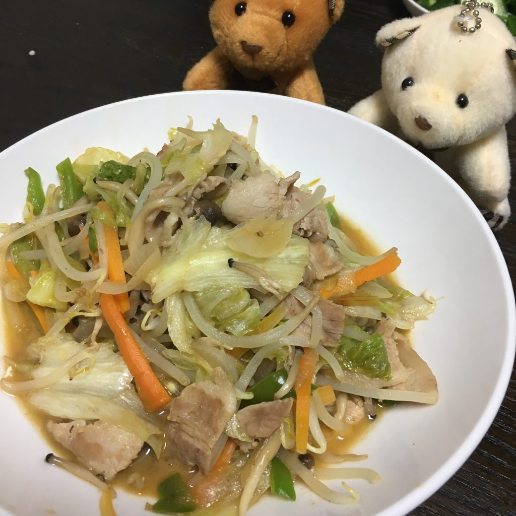 レタスが入った肉野菜炒め